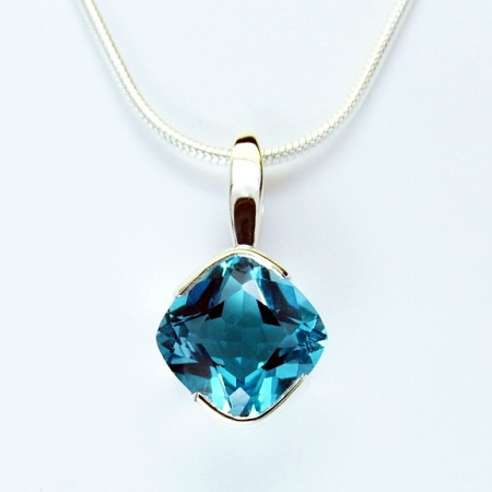 electric_blue_topaz_8_x_8mm_silver_pendant